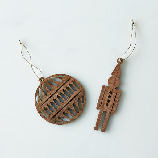Precision-Cut Wood Ornament Sets