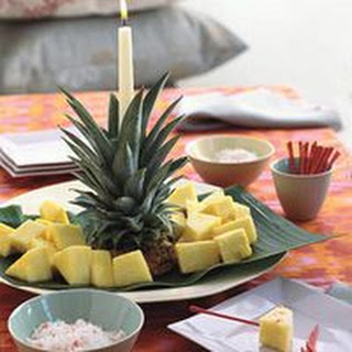 Pineapple Tower with Fire and Ice Dip.