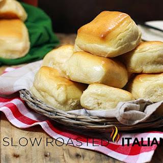 Copycat Texas Roadhouse Bread Rolls
