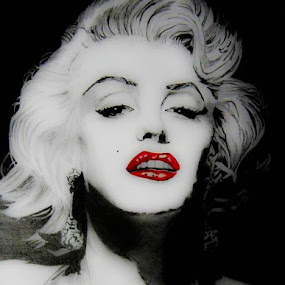 Marilyn Munroe   by Catherine Cross - Drawing All Drawing ( marilyn munroe, red, lips, retro, women, drawing,  )