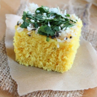Khaman (Steamed Savoury Cakes).