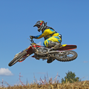 Laying it over by Dave Hollub - Sports & Fitness Motorsports ( aztalan mx, motocross, mx,  )