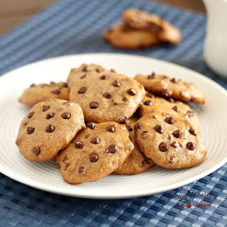 Flourless Chocolate Chip Cookies (Gluten Free, Paleo)