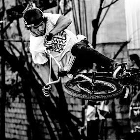 Table Top by Bryce Anderson - Black & White Sports ( black and white, biking, bmx, table top, trick, professional, redbull )