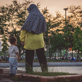 Mommy and his son by Erham Sepriansyah - People Family ( love, story, mother, son, kids,  )