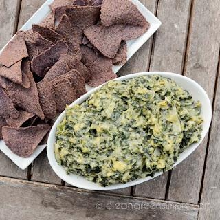 Creamy Vegan Spinach & Artichoke Dip.