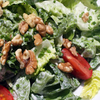 Green Salad with Creamy Goat Cheese Dressing