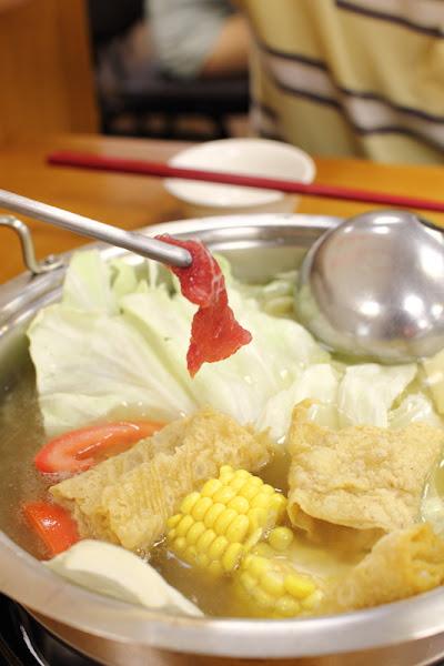 [食記] 三重 牛鍋涮牛肉