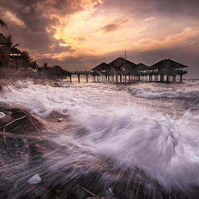 Here Comes The Boom by Kadek Jaya - Landscapes Waterscapes ( splash, mmotion, wave, sea, rage, beach )