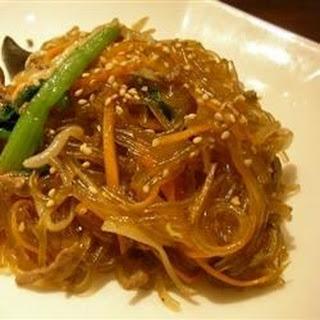 Yummy Korean Glass Noodles (Jap Chae).