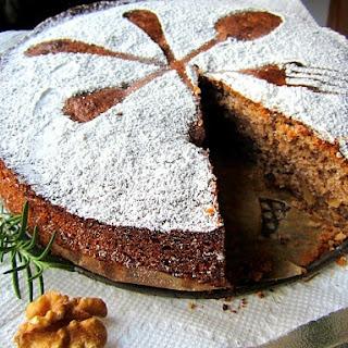 Italian Walnut Cake