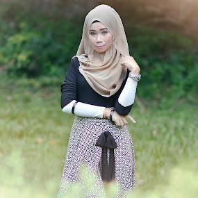 Gustina Syamsuddin 2.0 by Azry Azmy - People Fashion