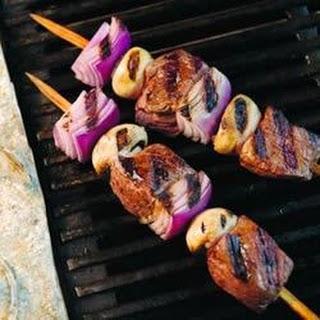 Mediterranean Garlic Herb Beef Skewers