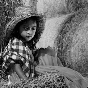 PATRIZIA by Leon Zaragoza - Babies & Children Child Portraits (  )