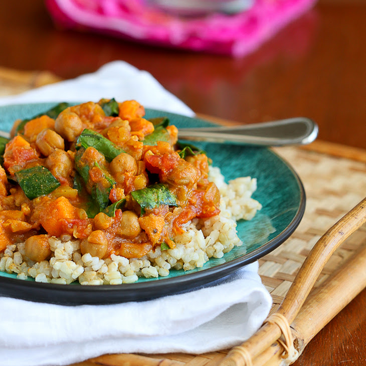 Slow Cooker Vegetable Curry Recipe with Sweet Potato & Chickpeas