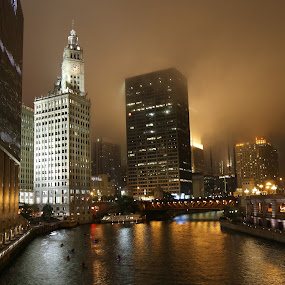 Chicago at Night by VAM Photography - Buildings & Architecture Office Buildings & Hotels ( fog, night, architecture, chicago, travel,  )