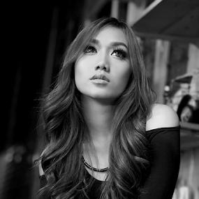 cumlaude by Erwan Xu - Black & White Portraits & People ( fashion, model, black and white )