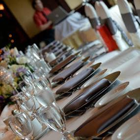 Head table by Bonnie Lea - Wedding Details