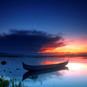 Cloudy Sunset by Irfan Langgolong - Landscapes Sunsets & Sunrises