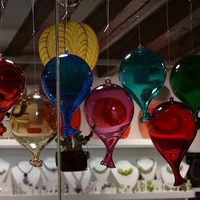 palloncini di vetro by Francesco Benettolo - Artistic Objects Glass ( ornamenti, riflessi, vetri, vetrina, palloncini,  )