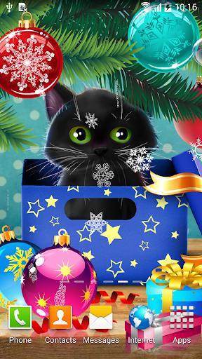 Kitten on Christmas Wallpaper
