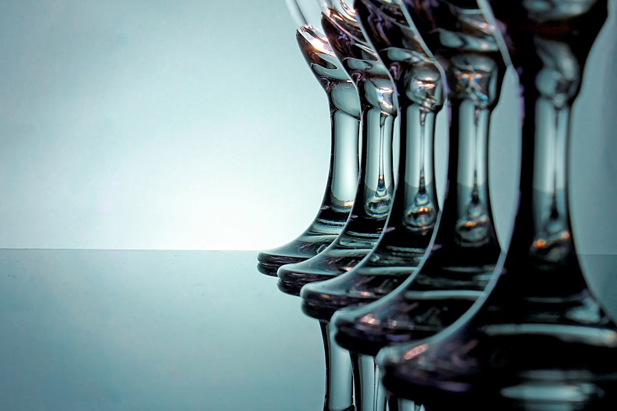 korps foot glass by Windhu Ridho - Artistic Objects Glass ( champagne glasses )