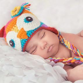 Owl hat by Jenny Hammer - Babies & Children Babies ( girl, owl, baby, cute, hat )