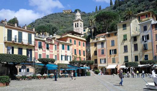 piazza-portofino-italy - The Piazza in charming Portofino, Italy.