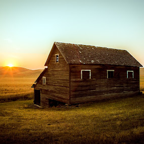 Sunset On The Palouse by Evan Jones - Buildings & Architecture Decaying & Abandoned ( field, barn, grass, sunset, prairie, decay, abandoned, , #GARYFONGDRAMATICLIGHT, #WTFBOBDAVIS )