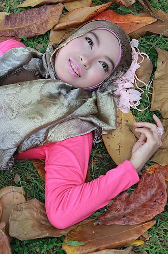 Ika Nurmuwalikhah by Deddy Shelter - People Portraits of Women