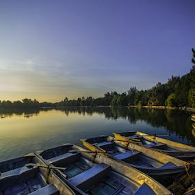 Boats and Lagoon by Cristobal Garciaferro Rubio - Transportation Boats ( lagoon, boats, boat )