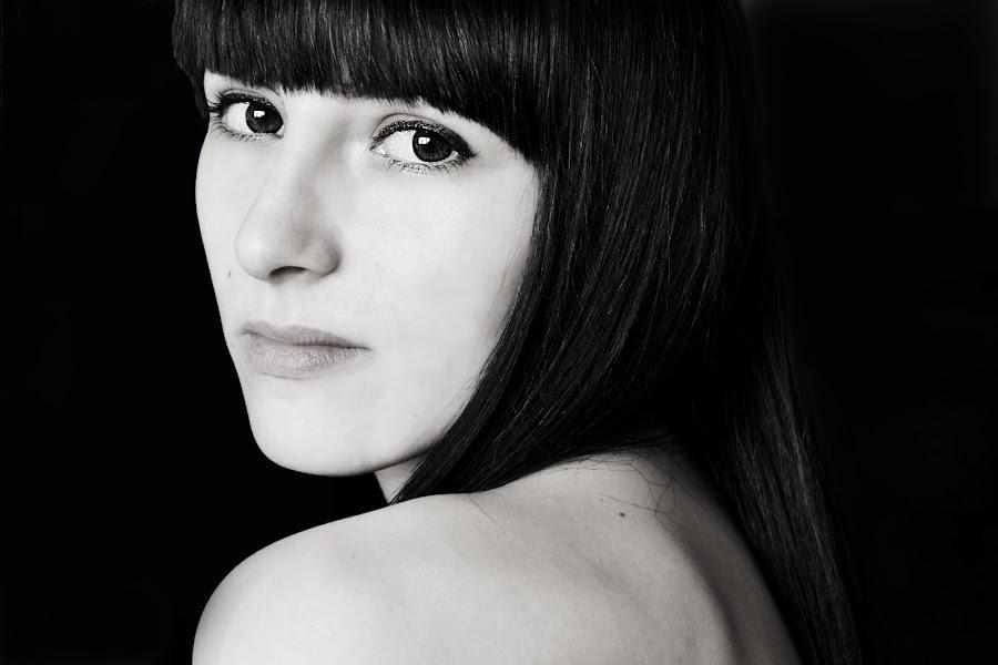 She by Nagy Orsi - Black & White Portraits & People ( girl, black and white, woman, beautiful, eyes )