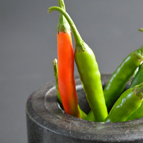 Chillies by Sooriya Kasirajh - Food & Drink Fruits & Vegetables ( chillies, food photography, red chilli )