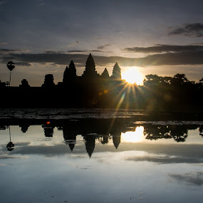 Angkor Wat, Sunrise by Norman Leong - Buildings & Architecture Public & Historical ( angkor wat, cambodia, siem reap )