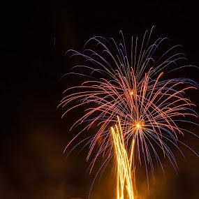 Love Fireworks ! by Daniel MV - Abstract Fire & Fireworks ( sky, red, blue, fireworks, night, light )