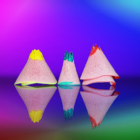 just Remnants of a pencil  برادة اقلام by Mohamed Mahdy - Artistic Objects Still Life ( pen, reflection, color, reflections, nikon, refraction, pine, pencils,  )
