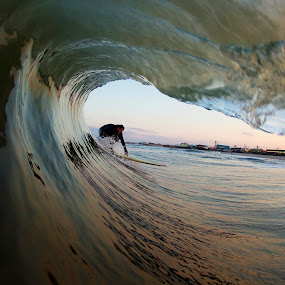 by Dave Nilsen - Sports & Fitness Surfing