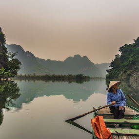 River view by Wahan Shahbazian - Landscapes Waterscapes ( water, nature, lady, vietnam, rowboat, river, tam cốc,  )