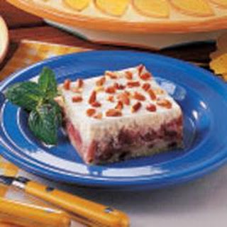 Creamy Rhubarb Dessert