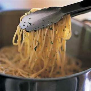 Spaghetti Aglio Olio With Vegetables Recipes.