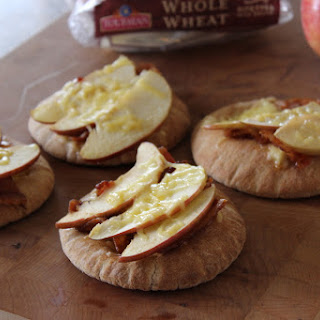 Bacon Apple Gouda Pita Snacks - A Toufayan Bakeries