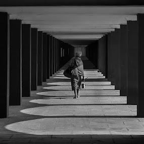 The Final Journey by Vinod Chauhan - Black & White Portraits & People ( kurukshetra, monochrome, black and white, corridor, journey, india, saint )