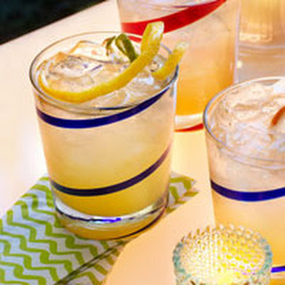 Twist-and-Shout Champagne Punch.