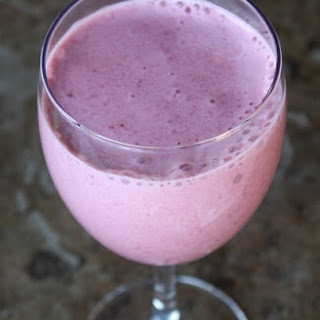 Frozen Strawberry and Dehydrated Banana Smoothie Recipe
