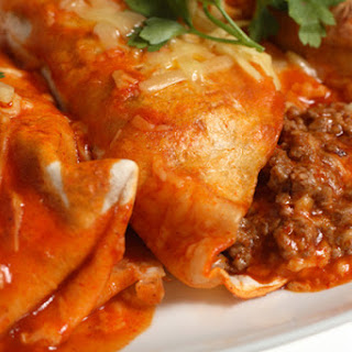 Slow Cooker Beefed Up Enchiladas