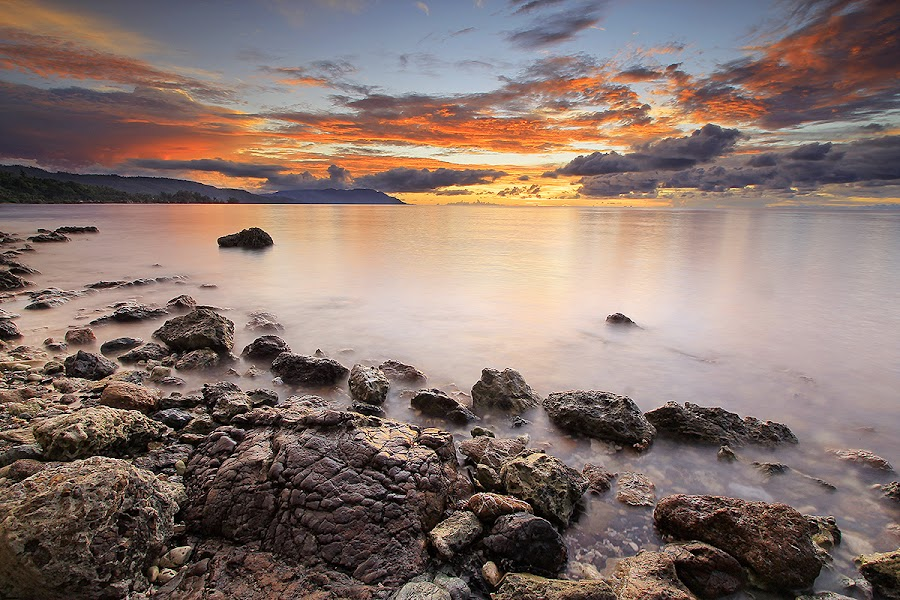 pantai lamo, indonesia by Ipin Utoyo - Landscapes Waterscapes