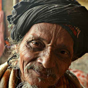 Divine happiness by Arnab Bhattacharyya - People Portraits of Men
