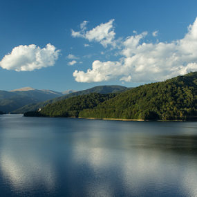 Different blues by Iulia Georgescu - Landscapes Waterscapes ( water, mountain edge, clouds, mountain, edges, blue, green, dam, summer, lake, forest, chalet )