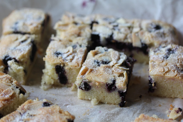 Giant Financier with Blueberries and Almonds Recipe