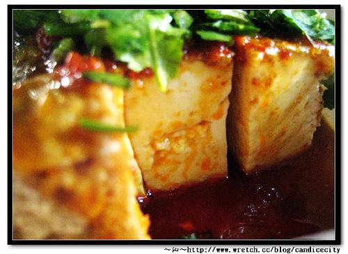 《食記》逢甲夜市-金牌巨無霸香酥臭豆腐